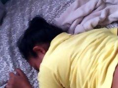 Sex mit meinem indonasian maid in mein eigenes Zimmer. [TRUE STORY-SEX-DEAL]