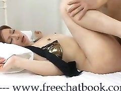 Asian Queen KiKi in Free Chat Book