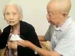 Asiatische Älteres Paar