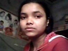 Indijski pravi sestra muco fingured &amp_ Joške stisniti z lastno brat med študijem