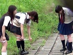 ?JAPAN?pissing voyeurism pii pis schoolgirl cute