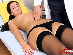 Brown-haired doctor wide open and cumshot