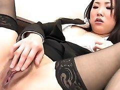 J15 Japanese secretary thumbs her vulva