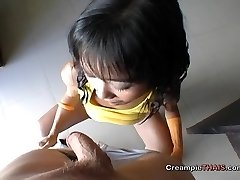 Lil girl cummed in