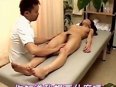 일본다.소녀 창녀 즐기는 일본 섹스 마사지