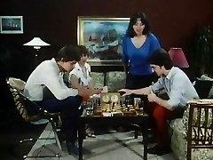 حتی بهتر از شطرنج - 01
