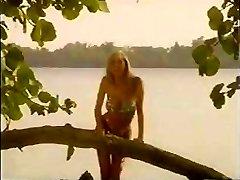Retro Bikini Goddess.