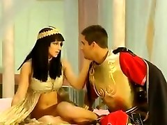 Arab Queen Plumbed By A Roman General