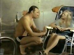 Massagesalon Elvira(1976)