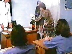 Schoolgirl Fuck-fest - John Lindsay Flick 1970s - re-upped with audio - BSD