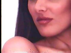Lucy Pinder Sans Bra Photoshoot Video