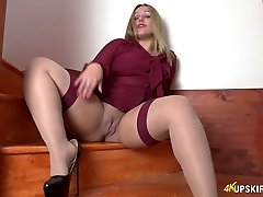 All alone lustful tramp Ashley Rider spreads her own vulva a bit