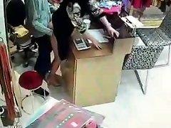 Čínsky majiteľ mať sex počas služby hodín