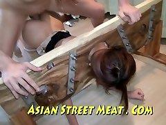 asiatice sweety sodomizat în ciorapi și stocurile