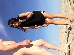 el nud ea imbracata la gunnison beach