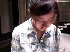 Uber-cute asian gal gets filmed by voyeurs