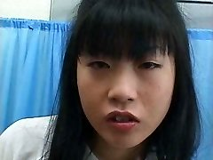 Food - Asian doll eats cummy something
