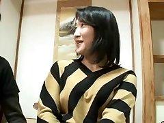 44yr Japonesa velha Mãe Esguicha e Creampied (sem Censura)