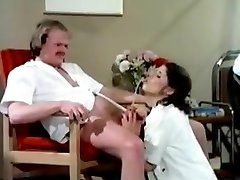 Pissing patient having moist fun in polyclinic