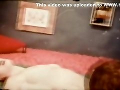 Greatest Homemade record with Brunette, Small Mounds scenes