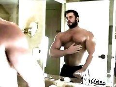 Muscle God Jerk off