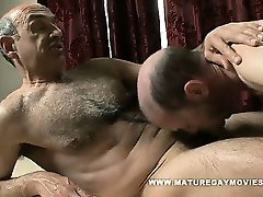Daddy Gets A Massage And Fucks The Masseur