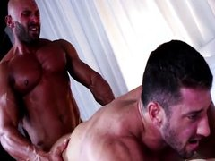 muscle man sex gay oral