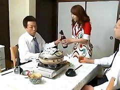 Αφεντικό Και Τα Τσιράκια Γυναίκα Misa Yuki