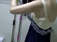 Chinese MILF Urinates, Showers, Vibes, and Screws.mp4