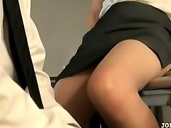 Office Lady In Pantyhose Riding On Guy Face Fingered On The Floor In The Of