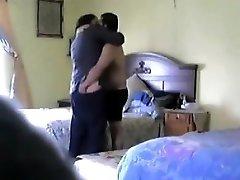 Rozvedená žena v domácnosti, pozreli si s sused