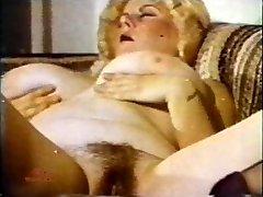 Humungous Tit Marathon 130 1970s - Scene 2