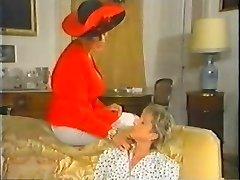 Retro Mature French Mummy enjoys going knuckle deep