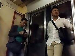 i en kollektivtrafik