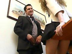 Főnök a titkárnőjének