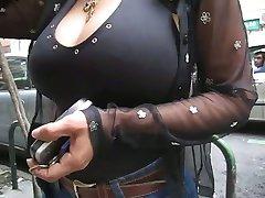STOR Latinamerikansk MILF Bröst Riktningar OMFG!! - Ameman
