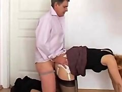 tõmblev kohta sekretär sukkpüksid perse