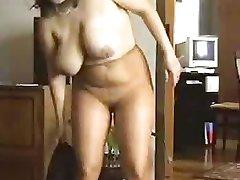 Mature dance in pantyhose