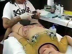 orgasm de tatuaj