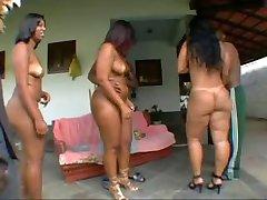 BRAZILIAN MILF BODY LOOK SO DAMN SMOOTH AND CREAMY