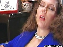 Secretary masturbates before work