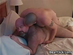 Gigantic ass gay bears Dirk Wolf and Chase part4