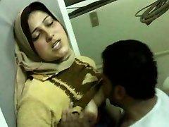 egyptian doctor having hump