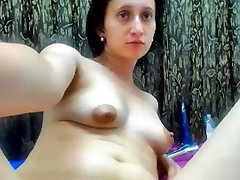 Perfect hairy pussy on cam