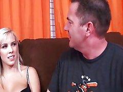 18 yearsold slut dicksucking