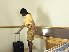 Flight attendant masturbates in her hotel room