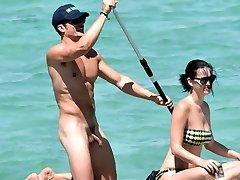 올랜도 블룸은 누드 음경에서 휴가를 Katy Perry