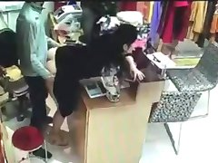 Boss has sex with employee behind cash register in China