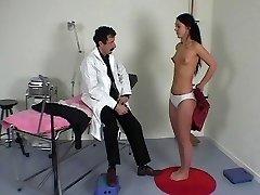 フランスの医師にある物理試験
