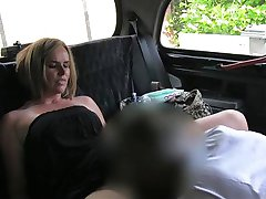 Married woman makes up for piss on taxi seats